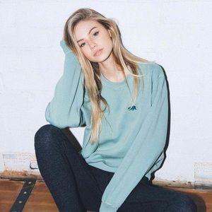 Brandy Melville Sweaters - Brandy Melville Erica sweatshirt